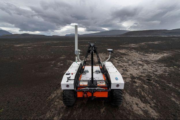 Le robot Curiosity en Islande