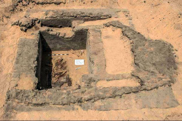 Une des tombes trouvées par les archéologues dans la cité d'Abydos.