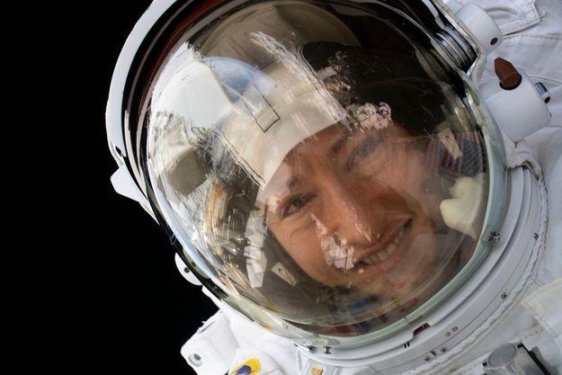 Christina Koch, dans l'espace.