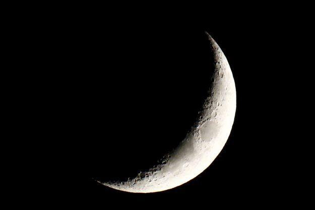 La Chine, premier pays à poser un engin sur la face cachée de la Lune.