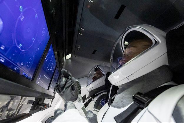 Lors d'un test de la capsule de SpaceX.