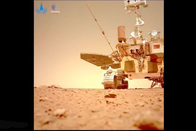 Le rover chinois Zhurong sur Mars.