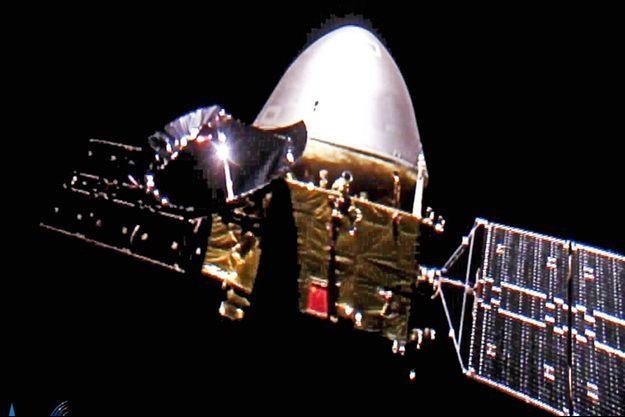 "La sonde ""Tianwen-1"" en route vers Mars."