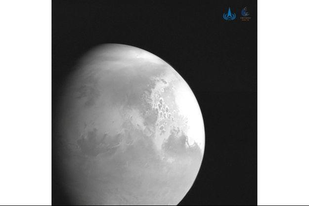 La Lune ? Non ! C'est Mars, photographiée par Tianwen-1.