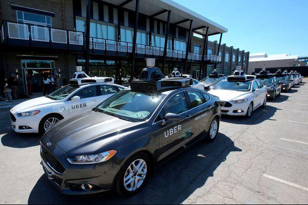 Des véhicules autonomes de Uber à Pittsburgh, en Pennsyvlanie, en septembre 2016. (Photo d'illustration)