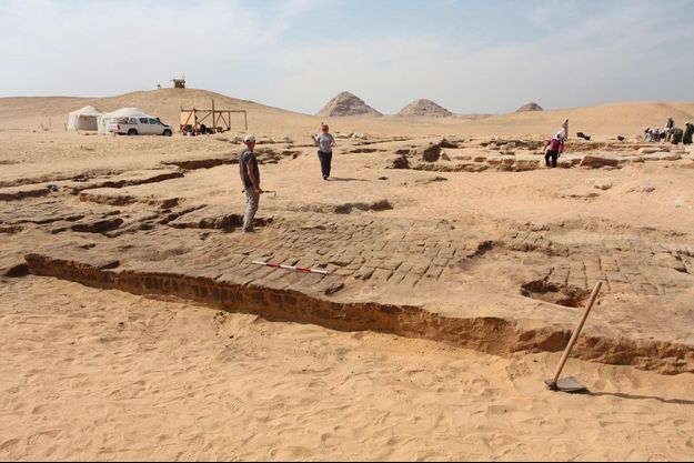 Le temple dédié à Ramsès II, sur le site archéologique d'Abousir, en Egypte.