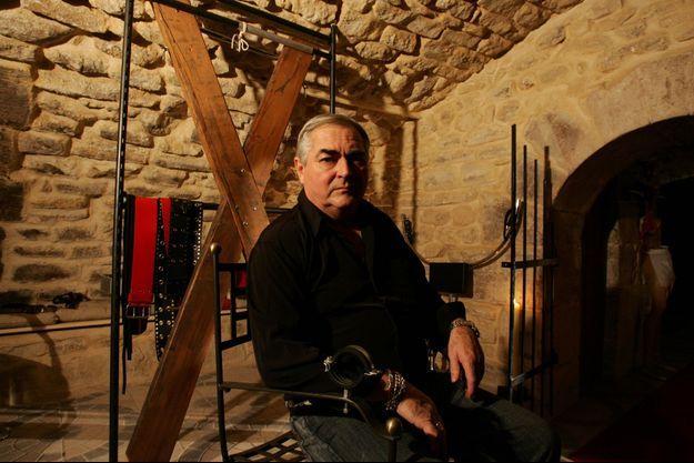 Patrick Lesage, maître sado-maso, photographié en 2005.