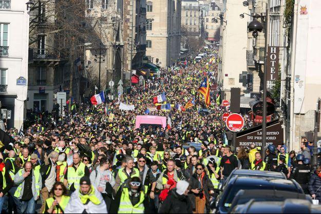 Manifestation de «gilets jaunes» le 16 février dans les rues de Paris.