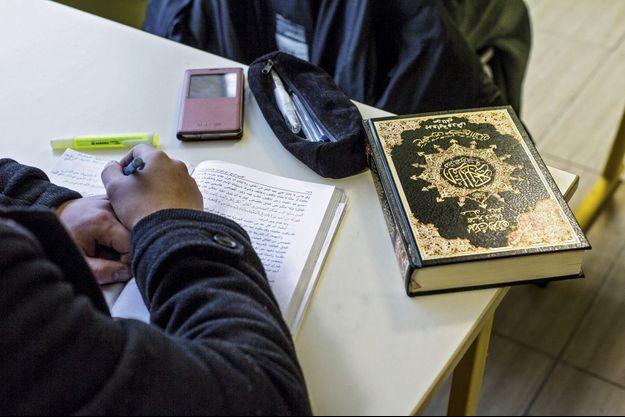 """C'est à l'Institut européen des sciences humaines, en Bourgogne, que les imams """"homologués France"""" viennent se former."""