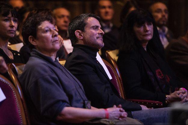 Manuel Valls, samedi après-midi aux Folies Bergère.