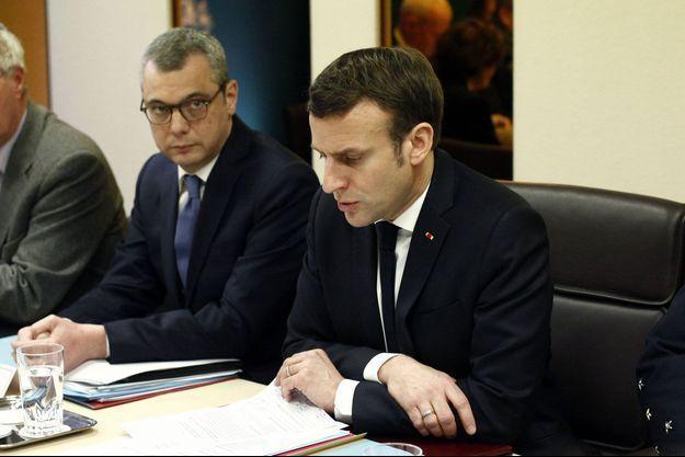 Alexis Kohler et Emmanuel Macron, ici en mars lors d'un Conseil de Défense.