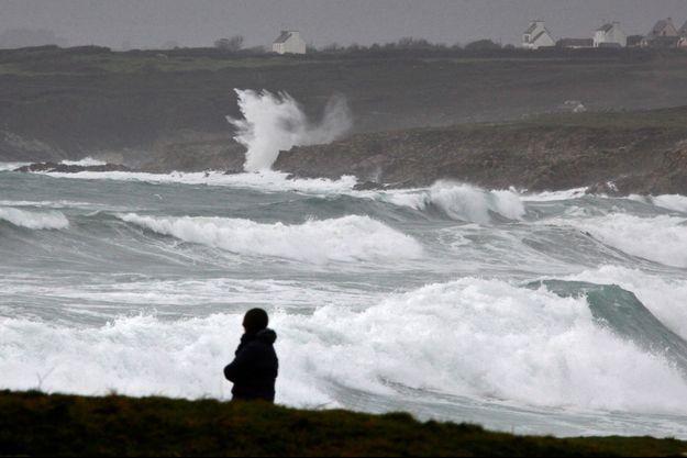 La tempête Eleanor vue d'Esquibien, dans le Finistère.