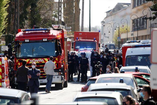 Les secours sur les lieux de l'attaque vendredi.