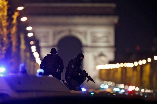 Attentat des Champs-Elysées