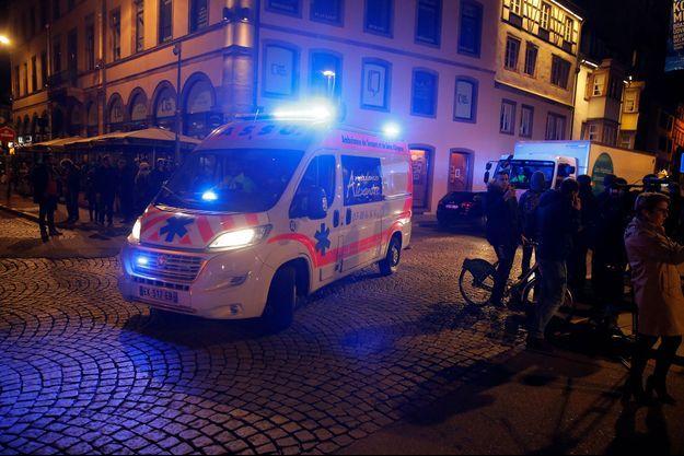 Sur les lieux de l'attaque du marché de Strasbourg, le 11 décembre 2018.