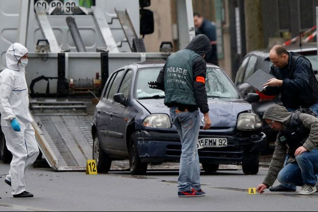 La police scientifique après la fusillade de Montrouge, jeudi dernier.