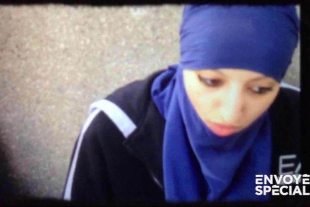 Hasna Aïtboulahcen, la cousine d'Abdelhamid Abaaoud.