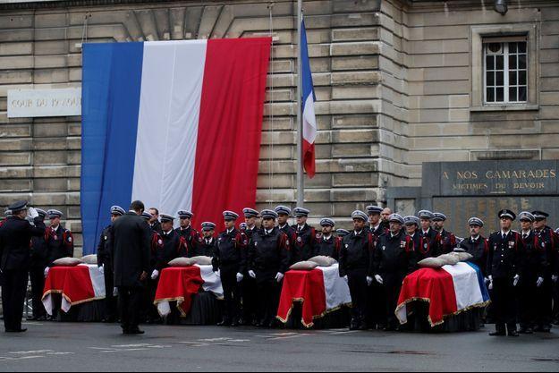 Hommage à Paris, le 8 octobre 2019.
