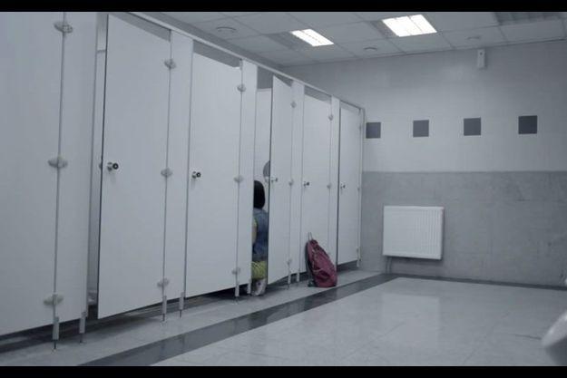 Capture d'écran d'une campagne de l'ACPE contre la prostitution des mineurs, datant d'octobre 2014.