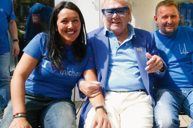 De g. à dr. : Virginie Dufour, Michou et Fabrice Paszkowski.