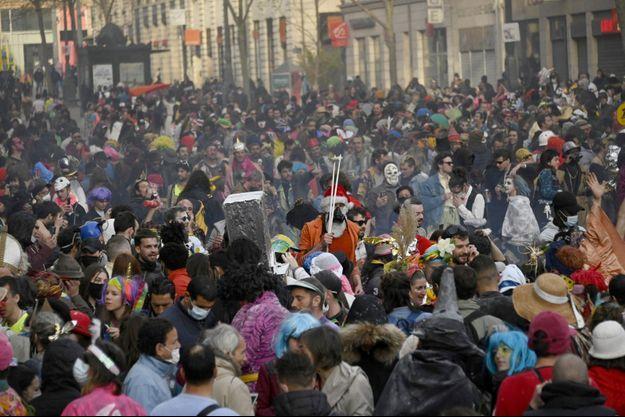 Une image du carnaval qui s'est déroulé dimanche 21 mars, à Marseille.