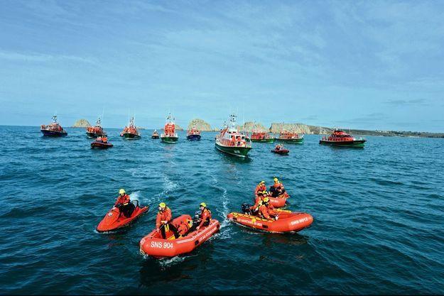 Pour cette photo, les sauveteurs s'étaient retrouvés devant les Tas de Pois, à Pen-Hir, en Bretagne.