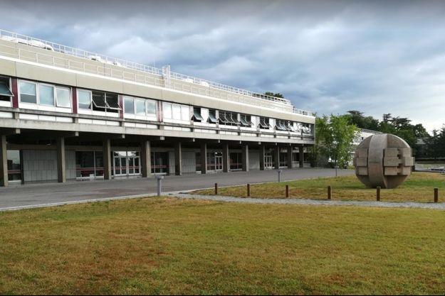 Le campus de l'école Centrale de Lyon.
