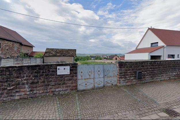 L'entrée de cimetière juif de Westhoffen, non loin de Strasbourg.