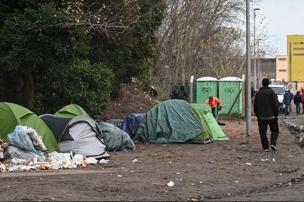 Un camp de migrants à Calais ici en novembre dernier.