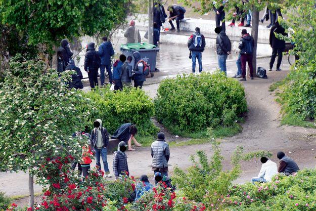 Le 15 mai dans les jardins d'Éole, dans le XVIIIe arrondissement.
