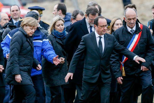 Le président français François Hollande, la Chancelière allemande Angela Merkel et le Premier ministre espagnol Mariano Rajoy