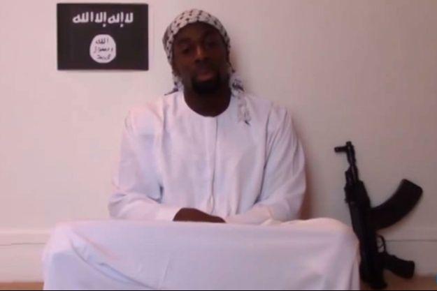 Amedy Coulibaly sur les images de sa vidéo posthume.
