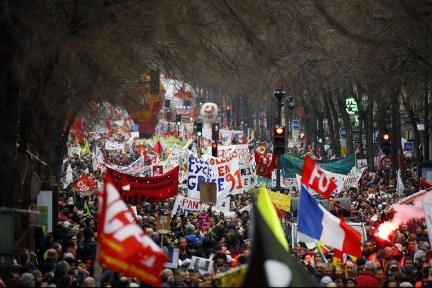 Manifestation à Paris, jeudi, contre la réforme des retraites.