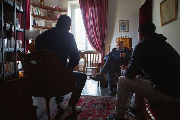 Dans le cabinet privé niçois de Patrick Amoyel, deux musulmans radicaux