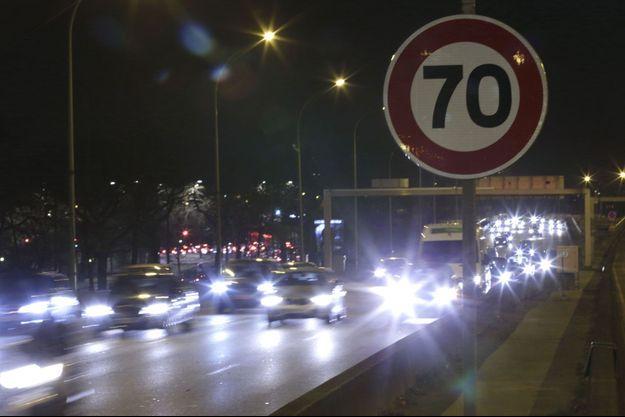 La vitesse sur le périphérique est actuellement limitée à 70 km/h.
