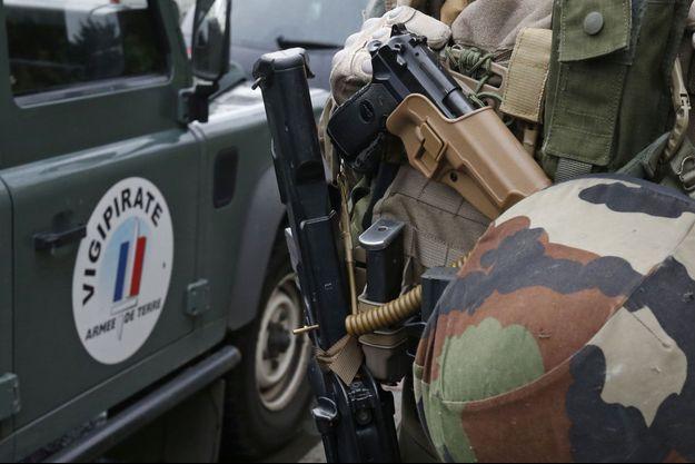 Deux militaires en mission Vigipirate seront jugés pour menaces avec armes.