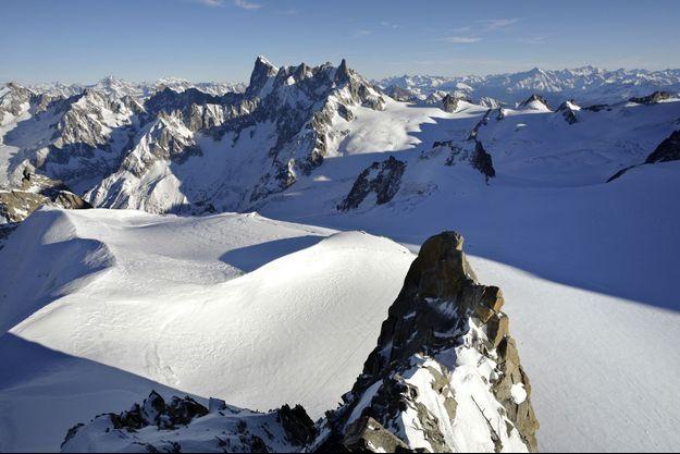 Deux skieurs ont été emportés par des avalanches en Savoie, ce mardi (image d'illustration).