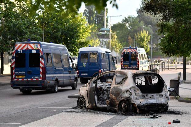 Une enquête avait été confiée à la police judiciaire et la sûreté urbaine, suite aux quatre nuits de violences, de vendredi à lundi soir à Dijon, survenues autour d'une série de raids de Tchétchènes voulant venger l'agression de l'un des leurs.
