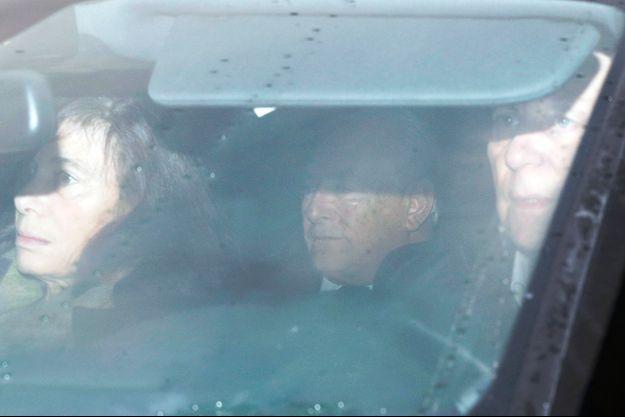 DSK à son arrivée au palais de justice de Lille.