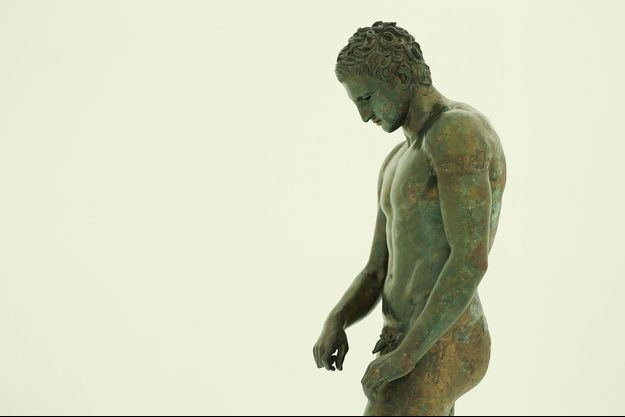 La statue antique d'Apoxyomenos (photo d'illustration)