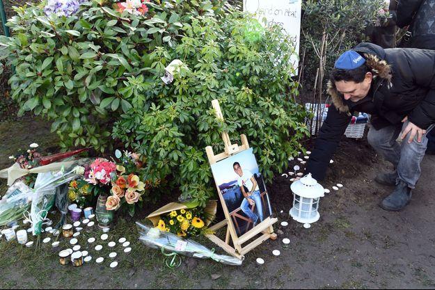 Hommage à Ilan Halimi, un jeune homme assassiné parce que juif, en 2006.