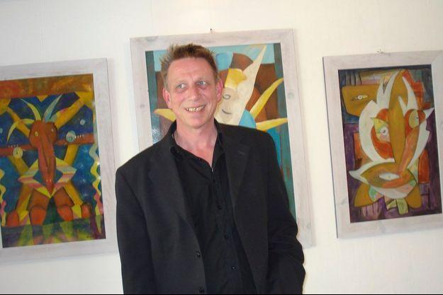 Guillaume Molinet au vernissage de son exposition à la galerie Sainte-Anne en 2014, à Malestroit.