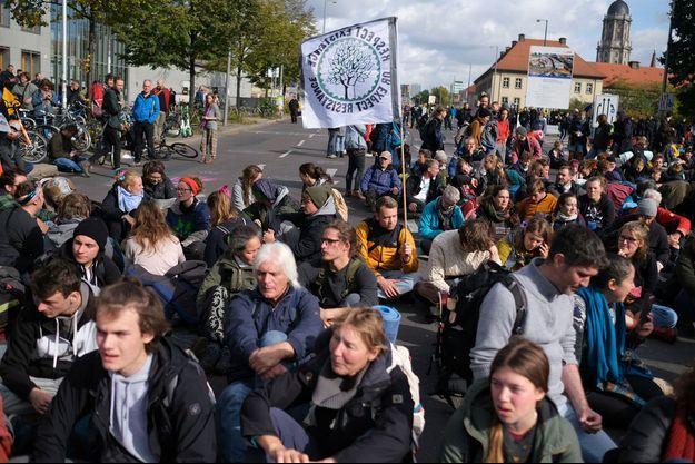 Des manifestants lors du rassemblement Extinction Rebellion à Berlin, le 9 octobre 2019.