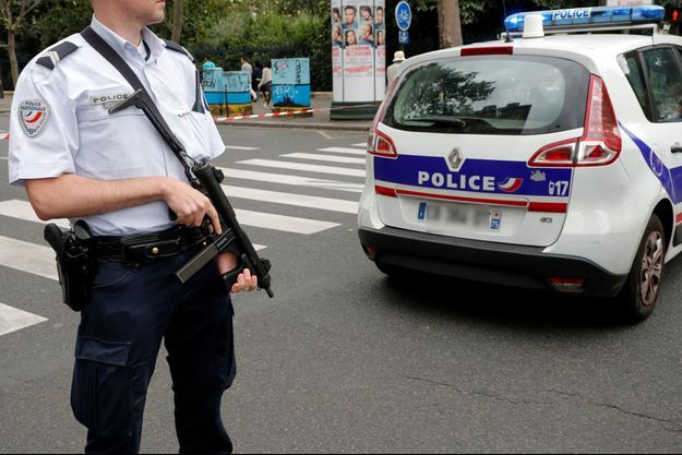 La fausse alerte a provoqué une vaste opération antiterroriste samedi à Paris.