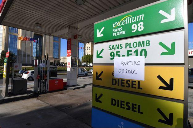 Une station-essence de Montpellier en pénurie de gazole.