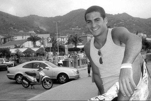 Le sourire d'Ilan Halimi, en vacances en Sicile, en septembre 2005.
