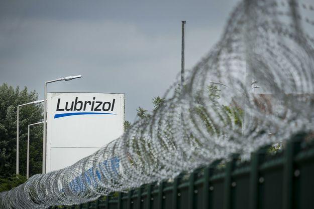 L'usine Lubrizol.