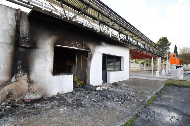 Le bâtiment de Vinci incendié en décembre.