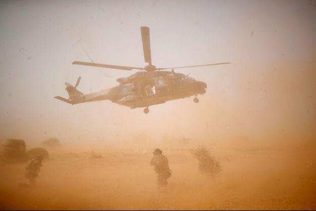 Un hélicoptère militaire français au Mali. Image d'illustration.