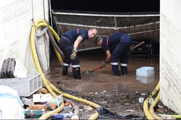 Les intempéries de ce weekend ont fait au moins 20 morts dans le sud-est de la France.